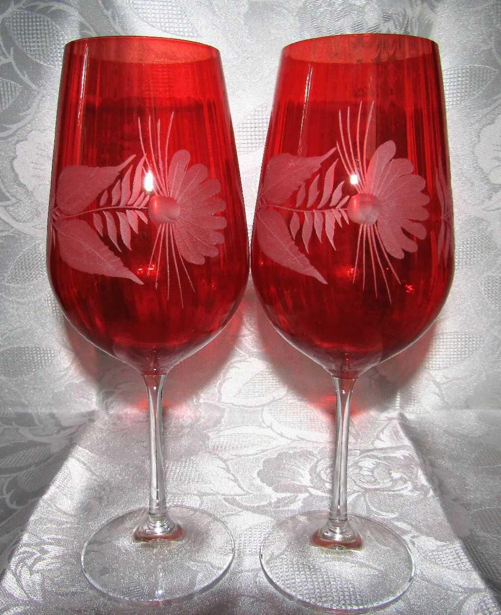 Lužické sklo LsG Nový Bor LsG-Crystal Skleničky optické broušené na červené víno dekor Šípek dárkové balení satén RW-687 600 ml 2 Ks.